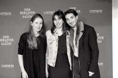 Vin von MOAR Magazine mit Annelie Augustin und Odély Teboul nach der Show